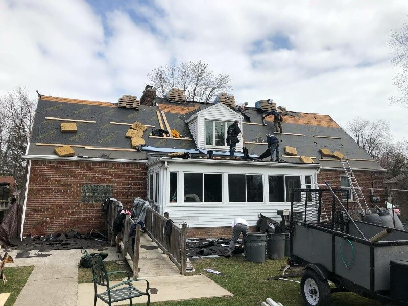 Why It's Safer to Hire a Professional Roofer